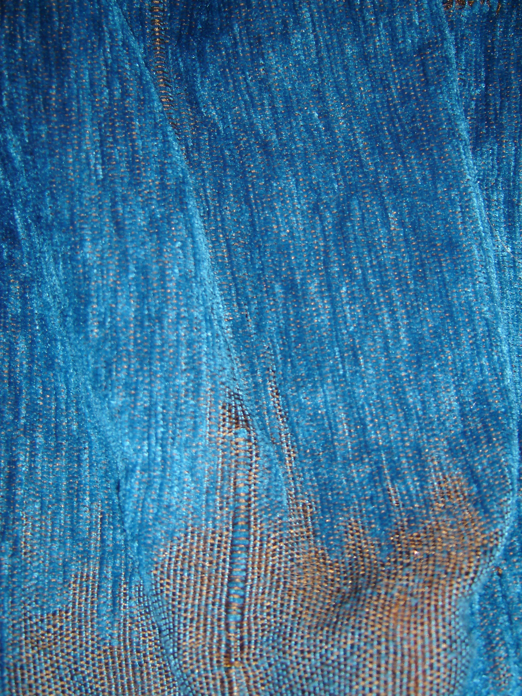 Blue qandrissi shot with orange (detail of weave)