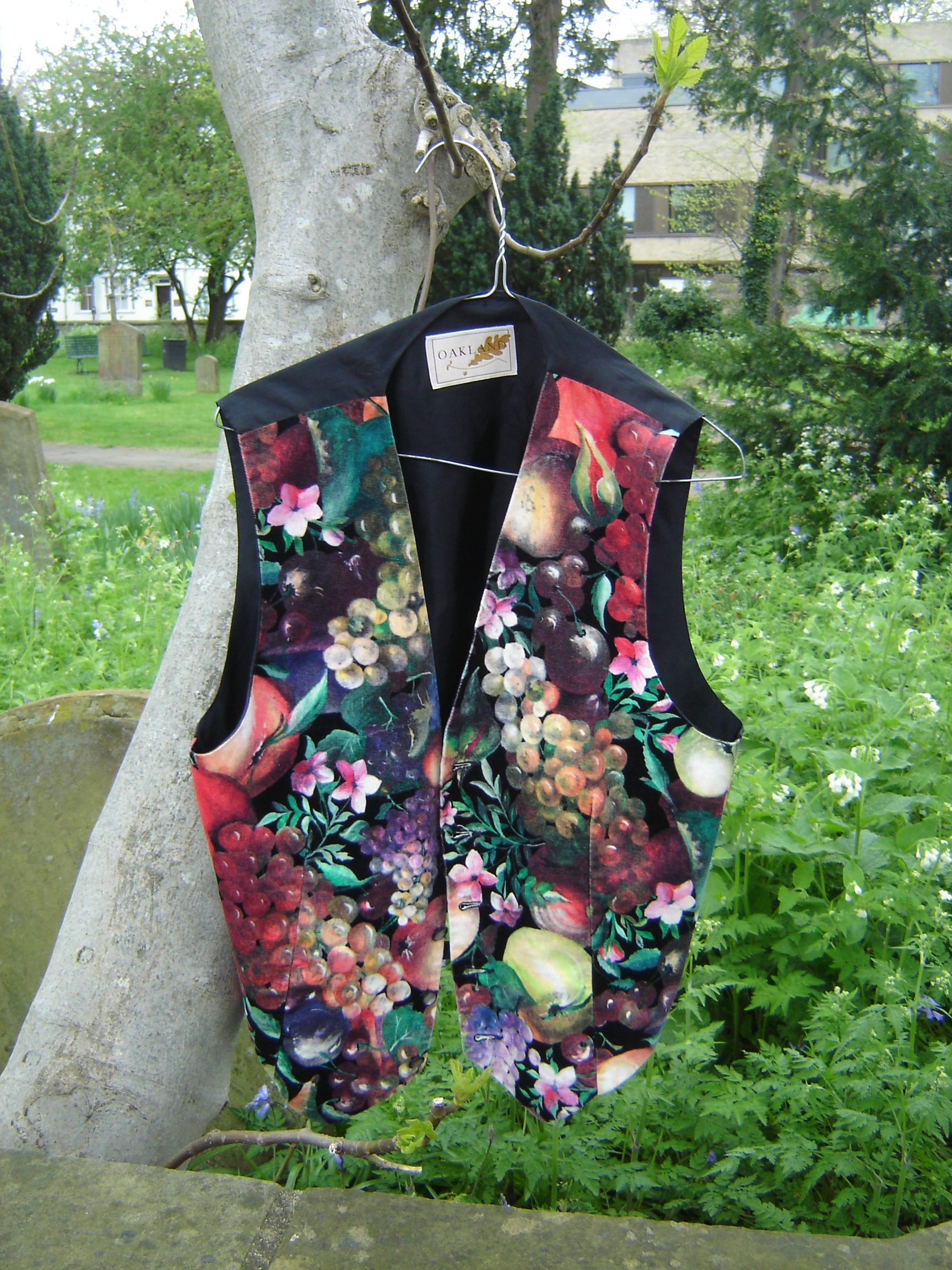 Oakland fruit-and-flower printed velvet waistcoat