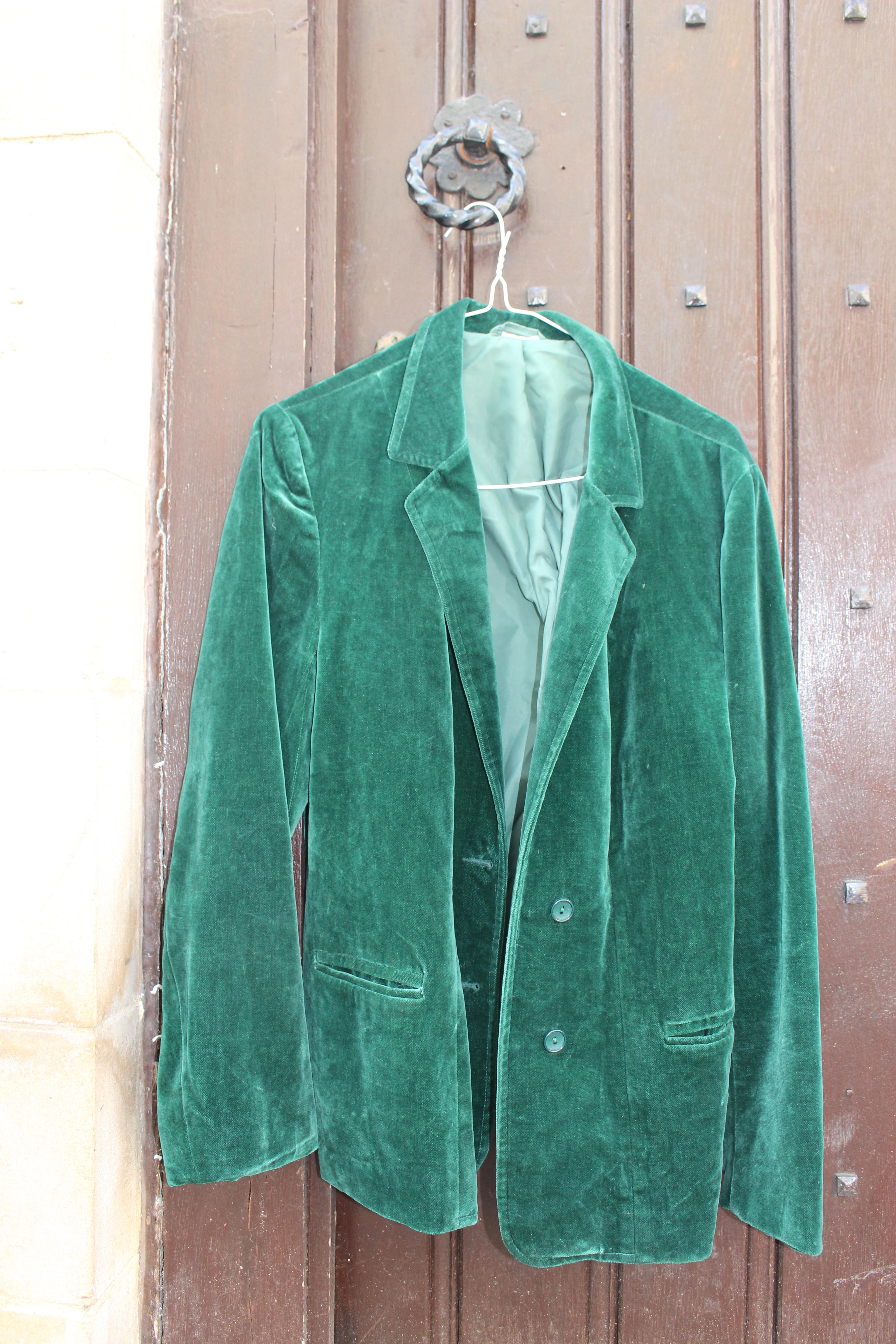 the latest f7bb7 4768c Soft Green Velvet Jacket