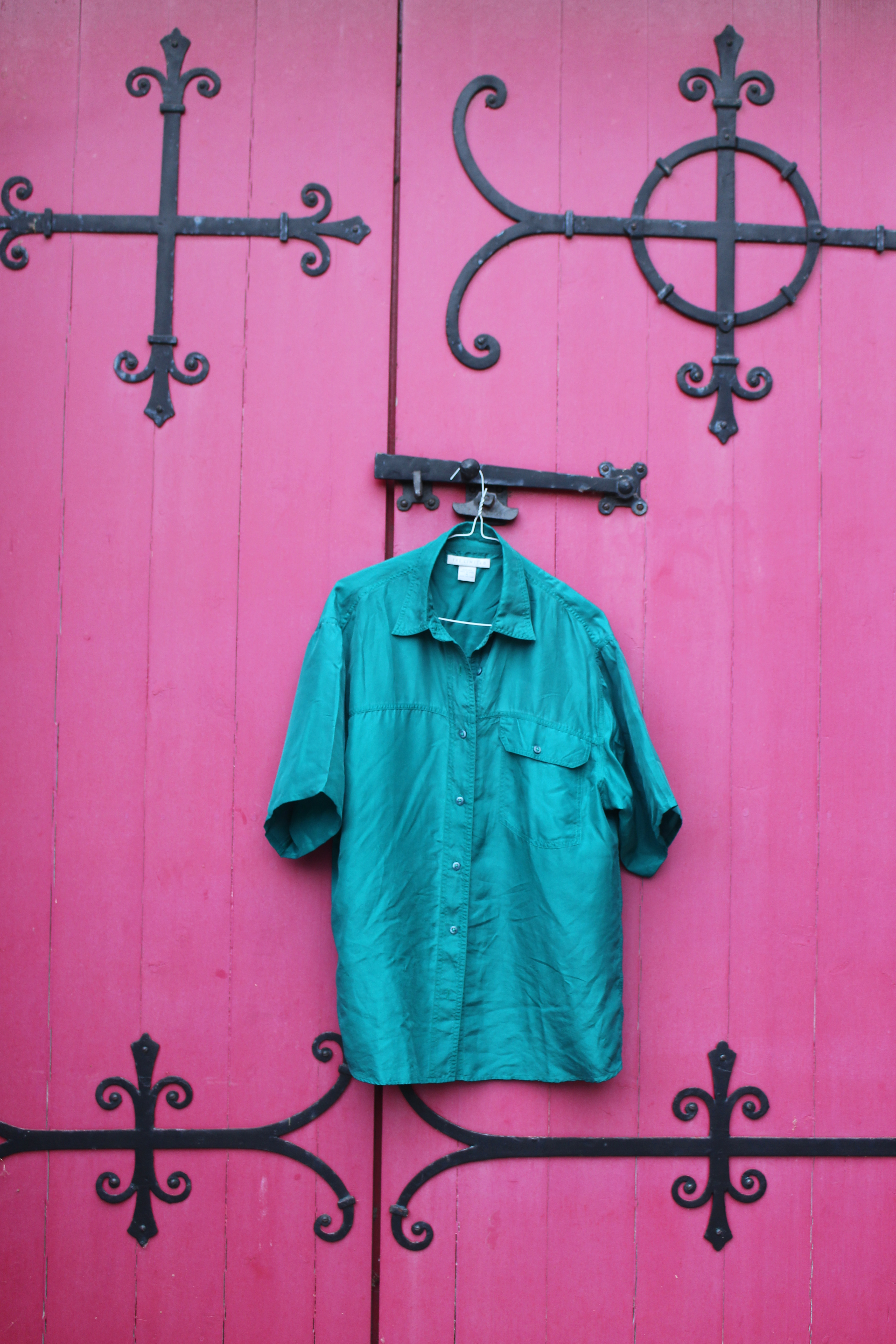 The Limited green short-sleeved silk shirt, from Unicorn, 5 Ship Street, Oxford